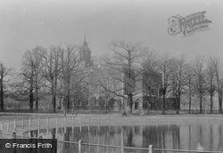 Holy Trinity Church And Pond 1899, Clapham