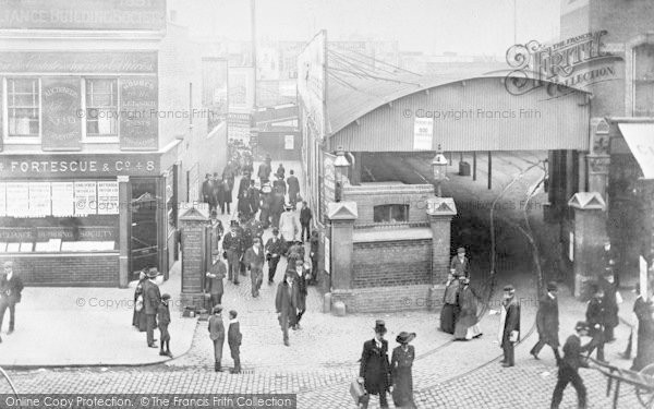 Photo of clapham junction the approach and horse tram depot c1905 reheart Image collections