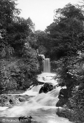Lower Falls 1900, Clapham
