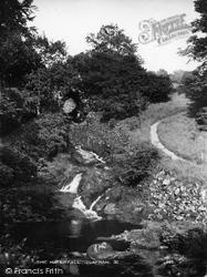 The Glen c.1949, Clapham