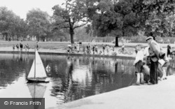The Long Pond c.1955, Clapham