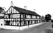 Claughton, the Fenwick Arms c1955