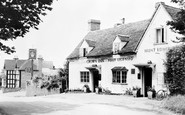 Claverdon, the Crown Inn c1960