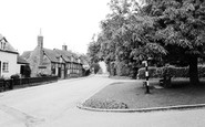 Claverdon, the Green c1960