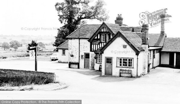 Claverdon, the Red Lion c1960