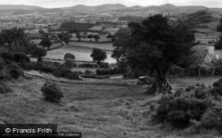 Clawddnewydd, The Berwyn And Clwydian Range c.1955