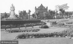 Cleckheaton, Park c.1965