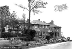 Cleeve Hill, The Rising Sun Hotel c.1940
