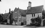 Cleeve Prior, The Kings Arms c.1955