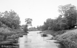 Cleeve Prior, The River c.1955