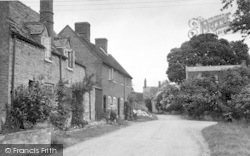 Cleeve Prior, The Village c.1955