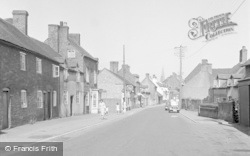 Cleobury Mortimer, High Street c.1955