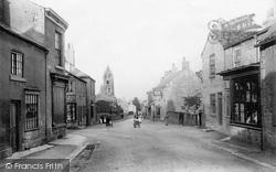 Village 1897, Clifford