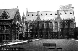 Clifton, College Dining Hall 1901