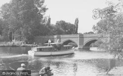 Clifton Hampden, The Bridge c.1955