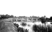 Clifton Hampden, The Bridge Over The River Thames 1890