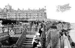 Cliftonville, Queen's Highcliffe Promenade And Cliffs 1918