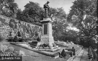 Clitheroe, Castle, Gardens and War Memorial 1927