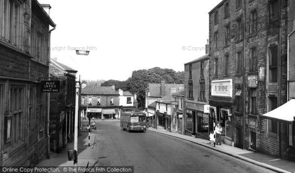Photo of Clitheroe, King Street c1960, ref. C122023