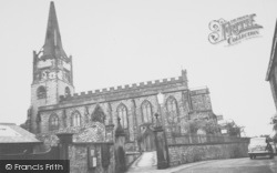 Clitheroe, St Mary's Church c.1955