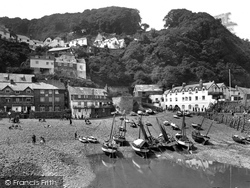 Clovelly, Harbour And Red Lion Hotel 1930
