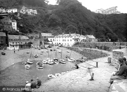 Clovelly, Harbour And Red Lion Hotel 1935