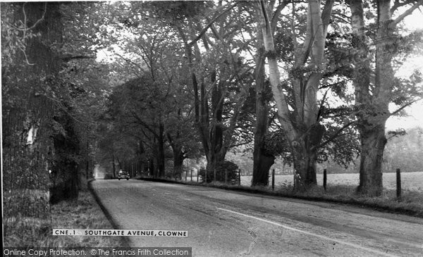 Photo of Clowne, Southgate Avenue c.1950