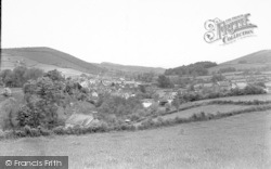 Clun, View From The Llewyn c.1950