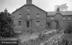 Saint Beuno Hotel, The Entrance c.1933, Clynnog-Fawr