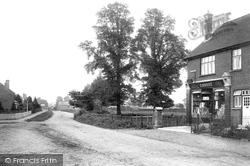 Cobham, Lower Tilt 1911