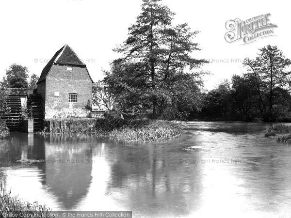Cobham Mill, 1931 Reproduced courtesy of The Francis Frith Collection