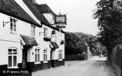 Cobham, The Ship c.1960