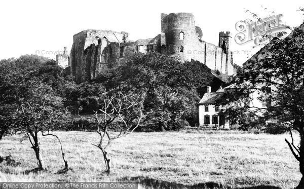 Cockermouth, Castle 1906.  (Neg. 55001)  © Copyright The Francis Frith Collection 2008. http://www.francisfrith.com