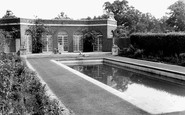 Cockfosters, the Swimming Pool, Trent Park c1965