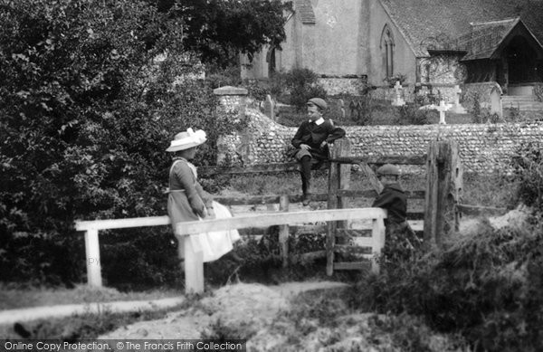 Photo of Cocking, Waiting For Papa 1906