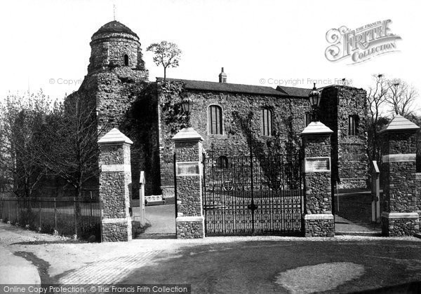 Colchester Castle, Essex. 1892 (Neg. 31523)  © Copyright The Francis Frith Collection 2005. http://www.francisfrith.com