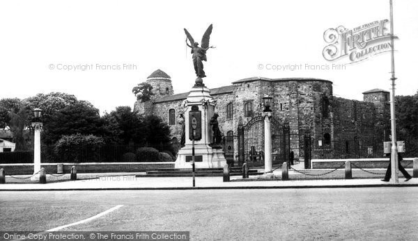 Photo of Colchester, Castle And Memorial c.1960