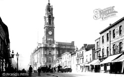 Colchester, High Street And Town Hall 1901