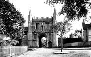 Colchester, St John's Abbey Gateway 1921