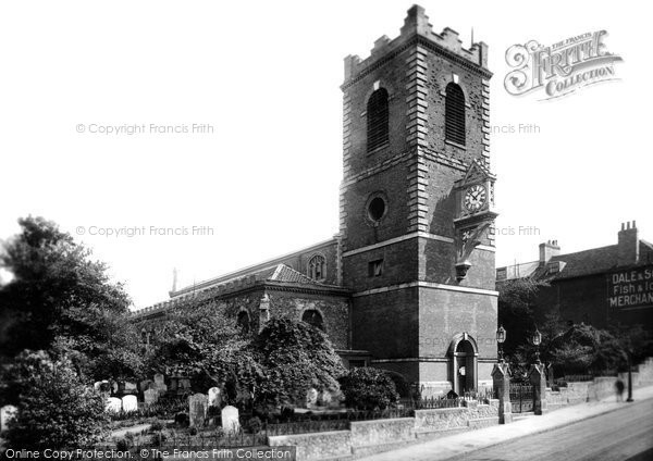 Photo of Colchester, St Peter's Church 1907