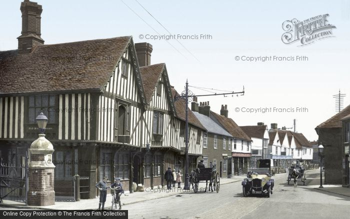 Colchester © Copyright The Francis Frith Collection 2005. http://www.francisfrith.com