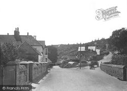The Village 1915, Coldharbour