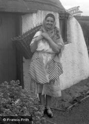 Coldingham, A Scottish Fish Wife c.1932