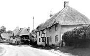 Collingbourne Ducis photo