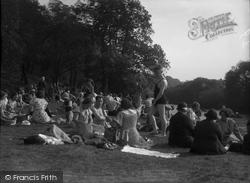 Collingham, The Lido c.1933