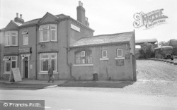 Collingham, The River View Cafe 1957
