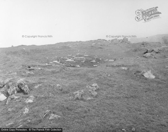 Photo of Colonsay, Dùn Uragaig, 2nd Hut East Of Entrance 1955