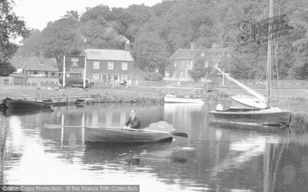 Photo of Coltishall, Boating On The Bure c.1930