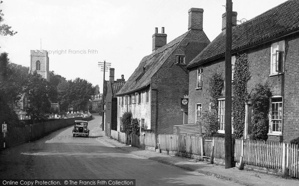 Photo of Coltishall, Church And Street 1934