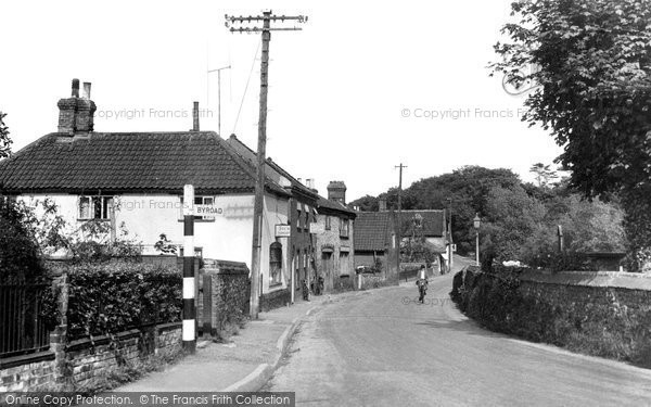 Photo of Coltishall, High Road 1950
